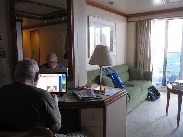 クルーズとコンピューター