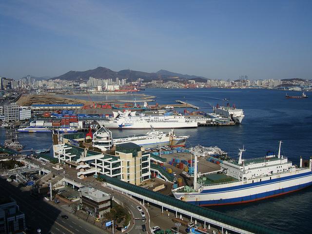 釜山港 Busan Port