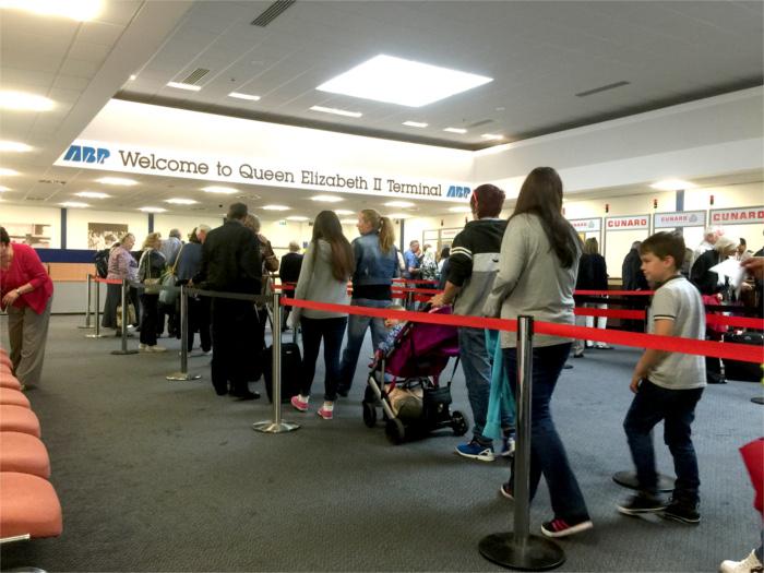 クイーン・エリザベス Queen ElizabethⅡ Terminal