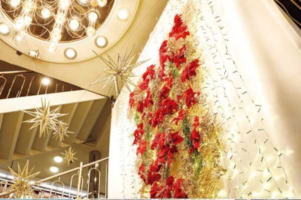 にっぽん丸のクリスマスクルーズ 横浜、名古屋 日本旅行